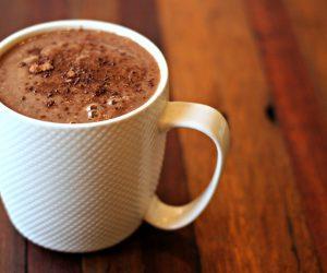 Cach-pha-che-cacao-nong-dung-dieu