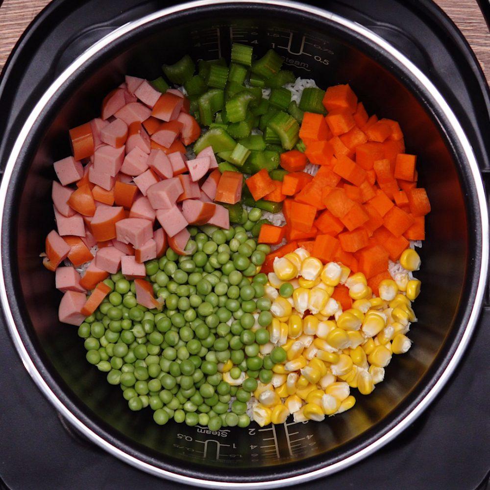 món hầm với đậu hà lan sotto